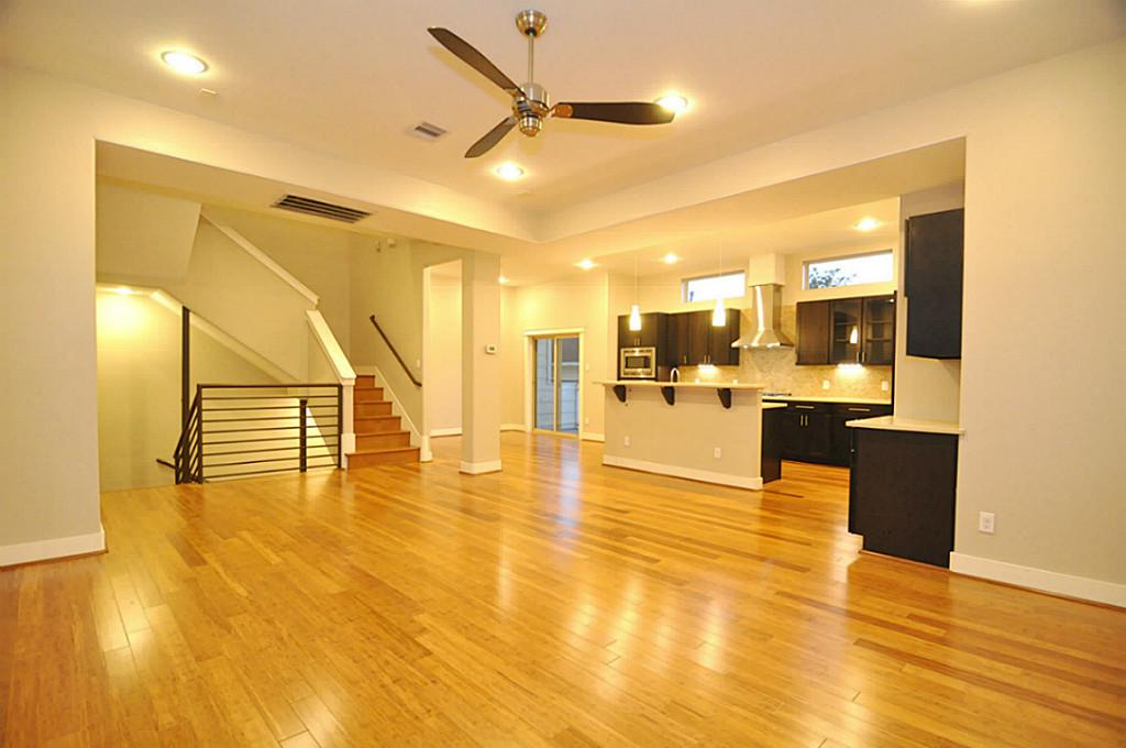Houston townhomes modern homes for sale inner loop for Contemporary condos for sale